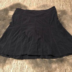 Athleta navy wear around skirt size 4
